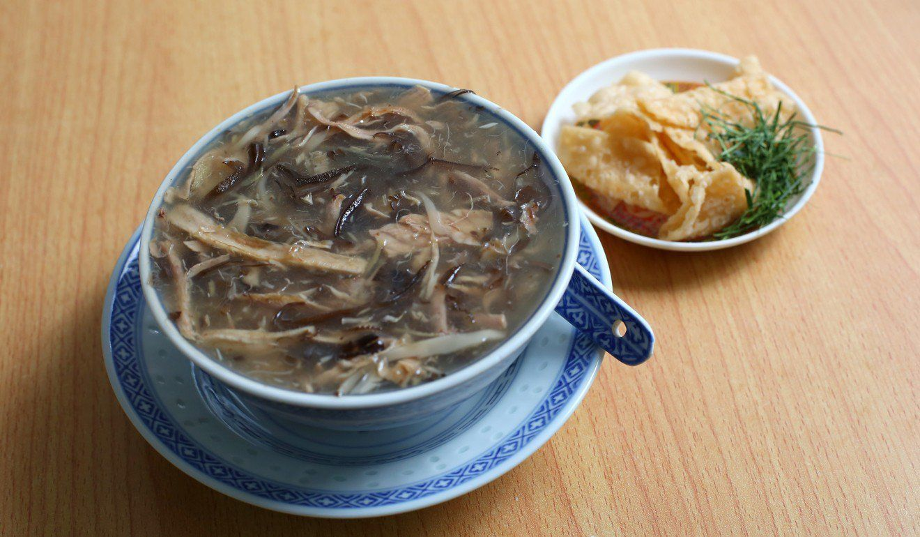 Restoran sup ular di hongkong