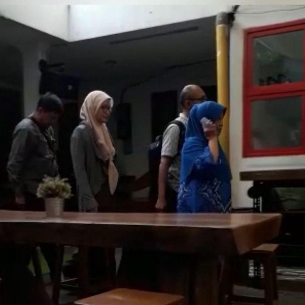 Detik-detik Koruptor yang Juga Istri Bupati Mukomuko Ditangkap