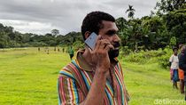 Senangnya Warga Pedalaman Papua Halo-halo Pakai 2G
