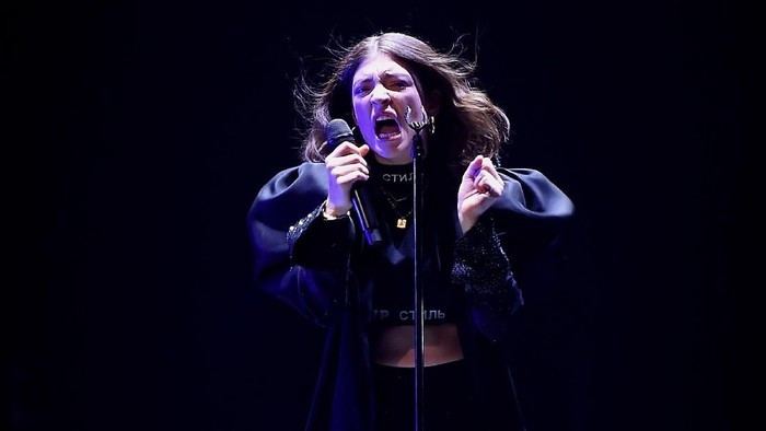 NEW YORK, NEW YORK - APRIL 04:  Lorde Performs at Melodrama World Tour  at Barclays Center on April 4, 2018 in New York City.  (Photo by Nicholas Hunt/Getty Images)