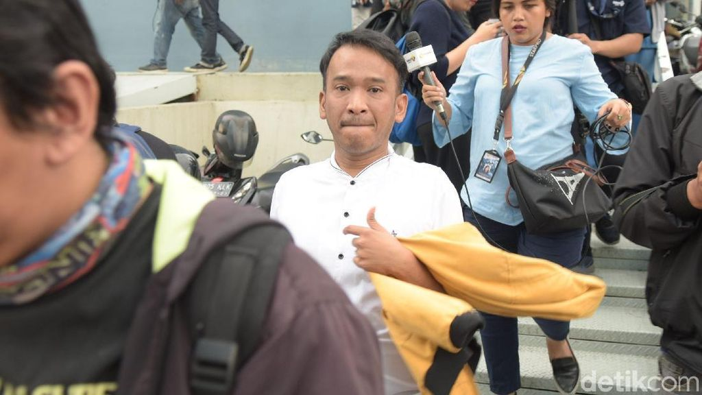 Ruben Onsu Prihatin Terhadap Masalah yang Menimpa Roro Fitria