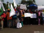 Demo Sembako Murah, Perwakilan Emak-emak Diterima Istana