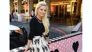Potret Holly Madison, Model Cantik yang Depresi Jadi Pacar Bos Playboy