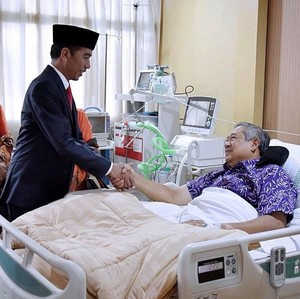 Jokowi: Semoga Pak SBY Segera Pulih