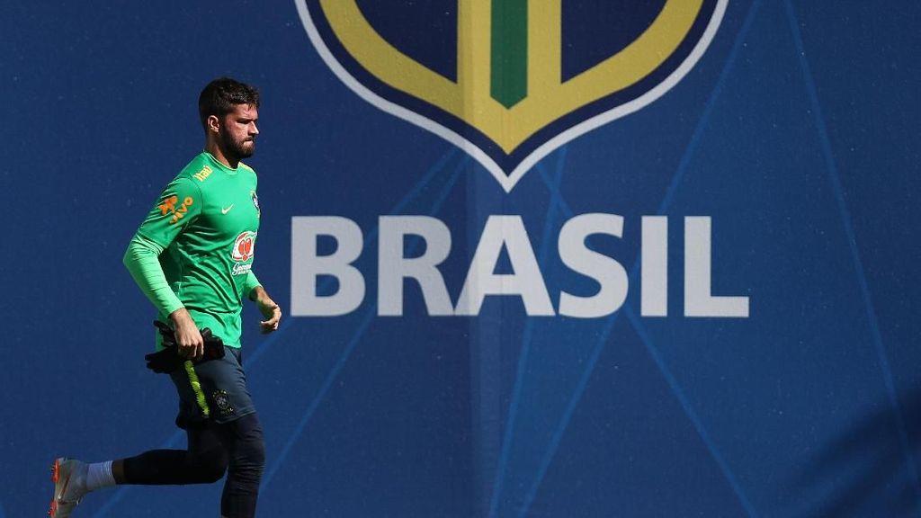 Peran Agen Firmino di Balik Transfer Alisson ke Liverpool
