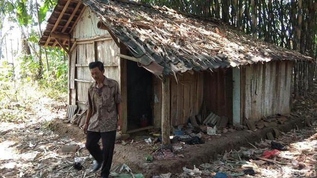 Jompo dan Sendiri, Mbah Marinem Hanya Diurus Tetangga Bergiliran