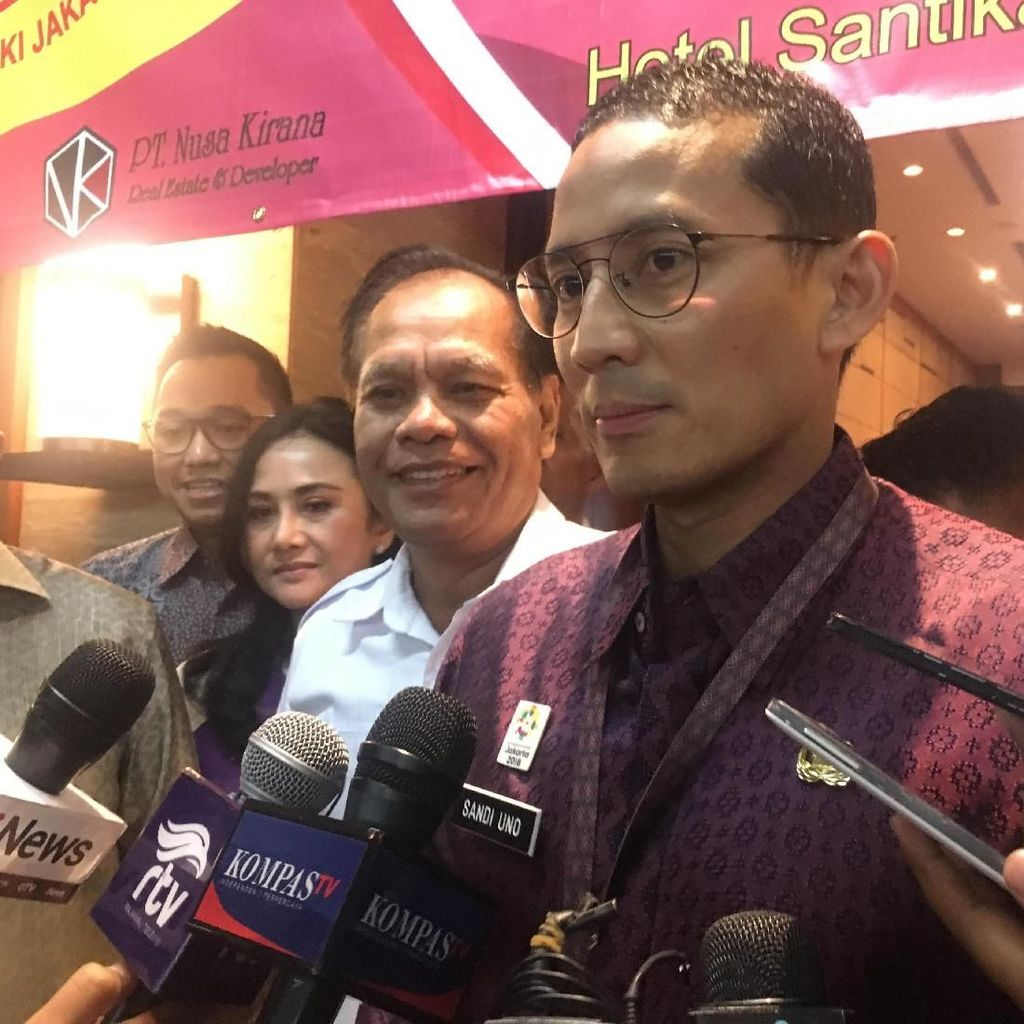 Sandi Minta Spanduk Berbau Politik Dicopot Jelang Asian Games