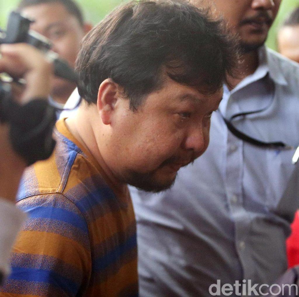 KPK Bakal Masukkan Orang Kepercayaan Bupati Labuhanbatu dalam DPO