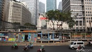 Halte TransJakarta Diperluas Akibat Sistem Ganjil Genap