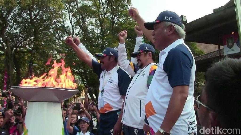 Menteri Basuki Pelari Terakhir Kirab Obor Asian Games di Solo