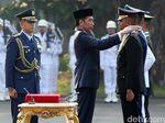 Lantik Perwira TNI-Polri, Jokowi: Jangan Kecewakan Bangsa