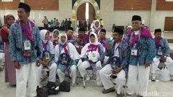Keberangkatan Jemaah Haji di Tasikmalaya Diwarnai Aksi Dorong