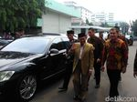 BJ Habibie Jenguk SBY di RSPAD