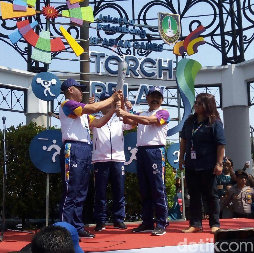 Obor Asian Games Tiba di Solo, Kapolda Jateng Jadi Pelari Pertama