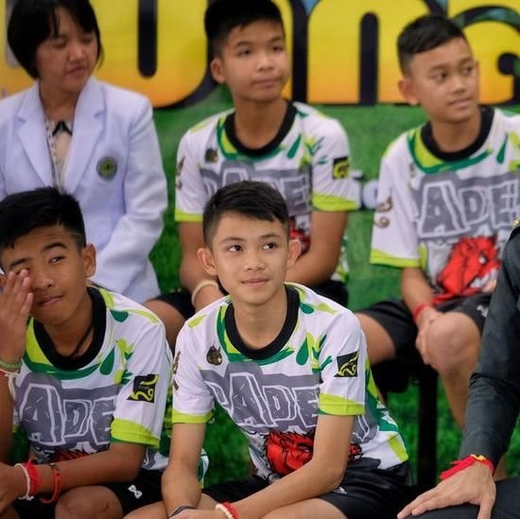 Media Dibatasi Bertanya ke 12 Remaja Thailand, Ini Alasannya