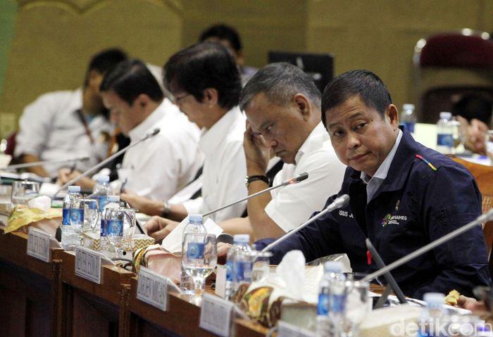 Jonan menghadiri rapat di Komisi VII DPR, Kamis (19/7/2018).