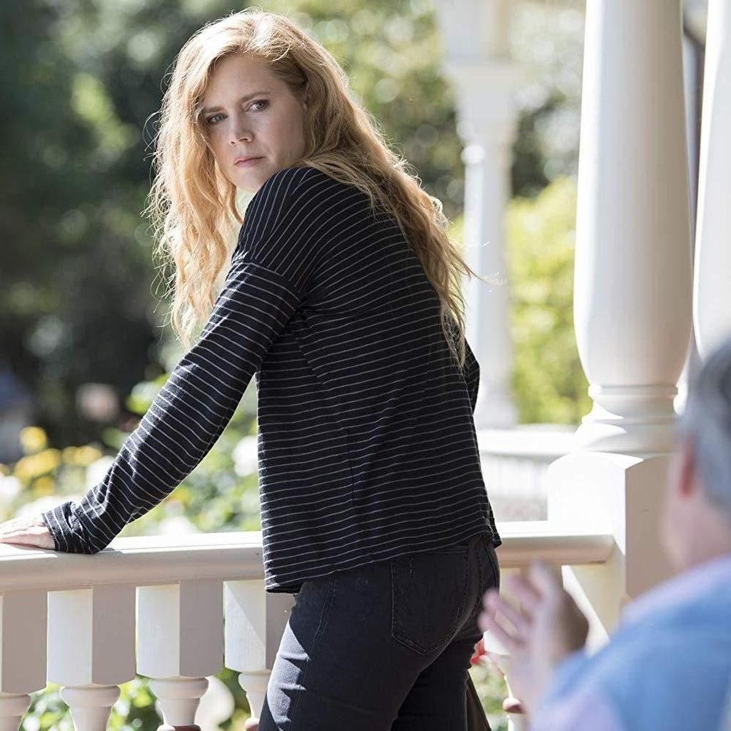 Pengalaman Eliza Scanlen Beradu Akting dengan Amy Adams