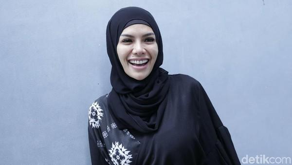 Celetukan Nikita Mirzani Sindir Harta Dipo hingga Operasi Miss V