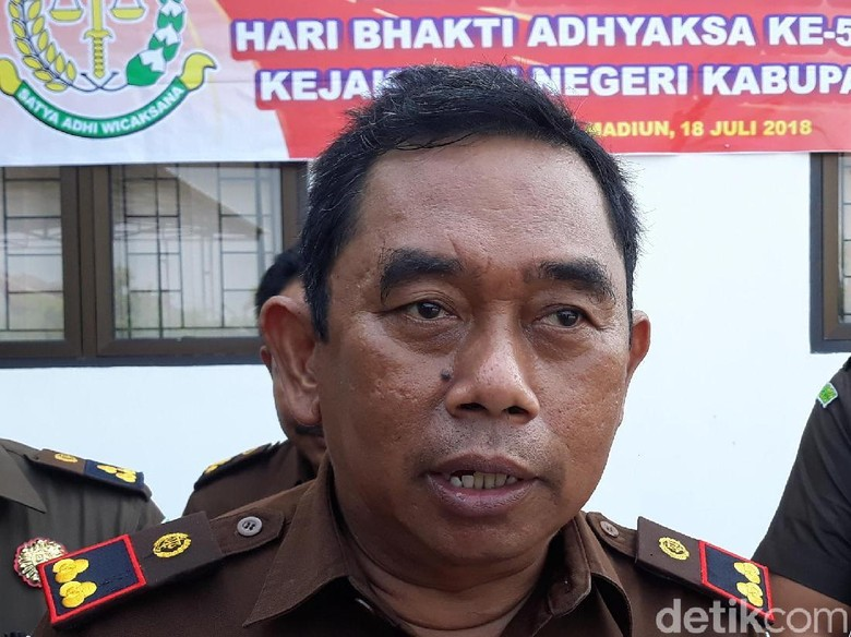 Dua Pejabat Dinas LH Kabupaten Madiun Dijadikan Tersangka