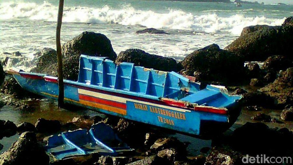 Perahu Pecah Dihantam Ombak, Satu Nelayan di Trenggalek Hilang