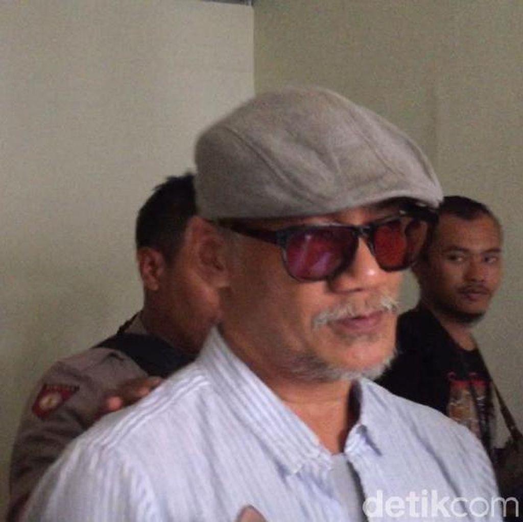 Tio Pakusadewo Lahir Kembali di Teater Terbaru Usai Ditahan