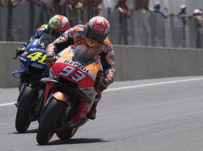 Valentino Rossi mengakui sulit mengejar keunggulan poin Marc Marquez. (Foto: Mirco Lazzari gp/Getty Images)