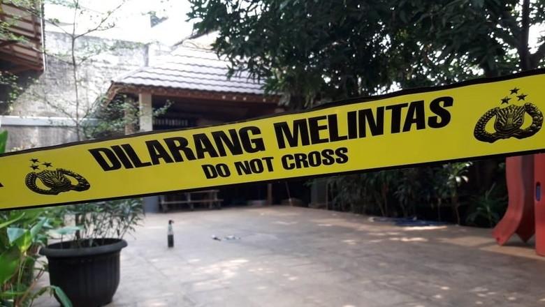 Polri: Yakinlah Kami Cari Pelempar Molotov di Rumah Mardani
