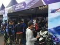 Pengunjung Padati Booth Skutik Ini di Ajang Balap Motor Nasional