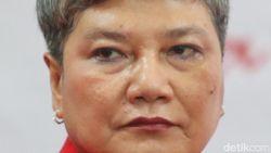 Rapat Perdana di Komisi VII, Ribka Tjiptaning Disambut Pantun Tifatul