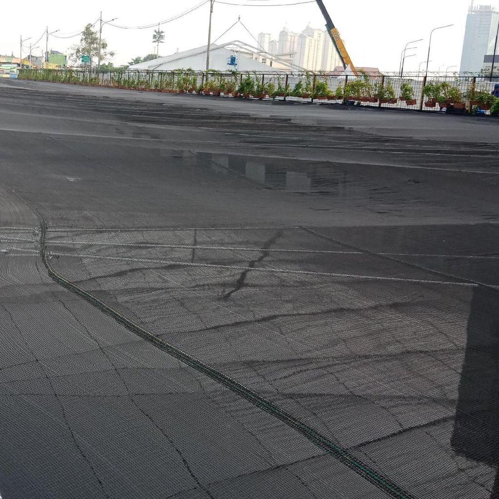 Buruk Rupa Kali Jakarta, Waring Digelar
