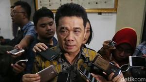 Viral Paspampres Larang Pose 2 Jari Bareng Jokowi, Gerindra: Lucu!