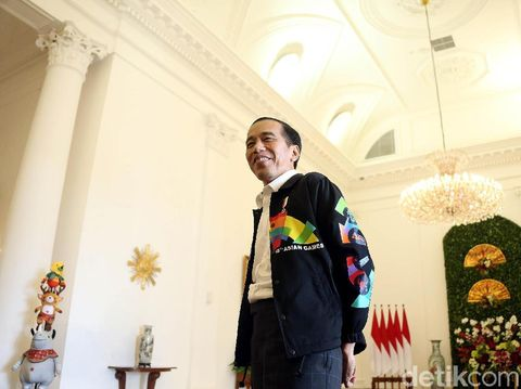 Jaket Asian Games Jokowi