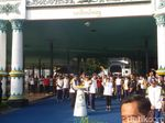 Sultan HB X Lepas Kirab Api Obor Asian Games dari Keraton Yogya