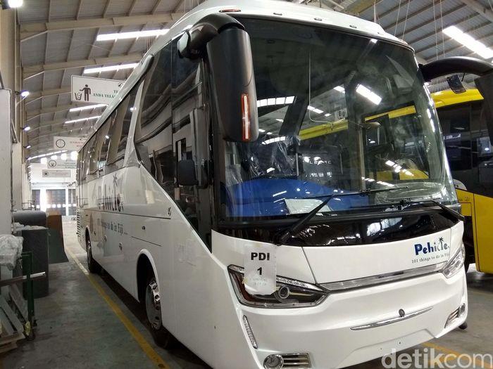Ini bus yang akan diekspor ke Fiji.