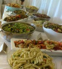 Keren! Pasangan Ini Sajikan Makanan dari Limbah di Pesta Pernikahan Mereka