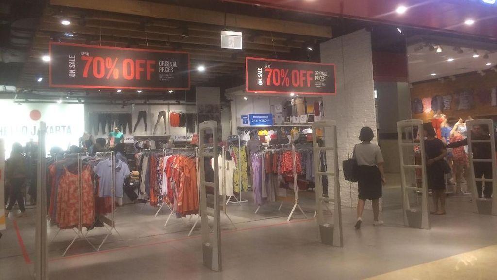 T-Shirt Hingga Jeans Diskon di Cotton On, Harga Mulai dari Rp 50 Ribu