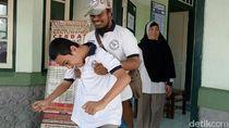 Hore, Saif yang Sempat Terganjal Surat Mutasi Bisa Sekolah Lagi