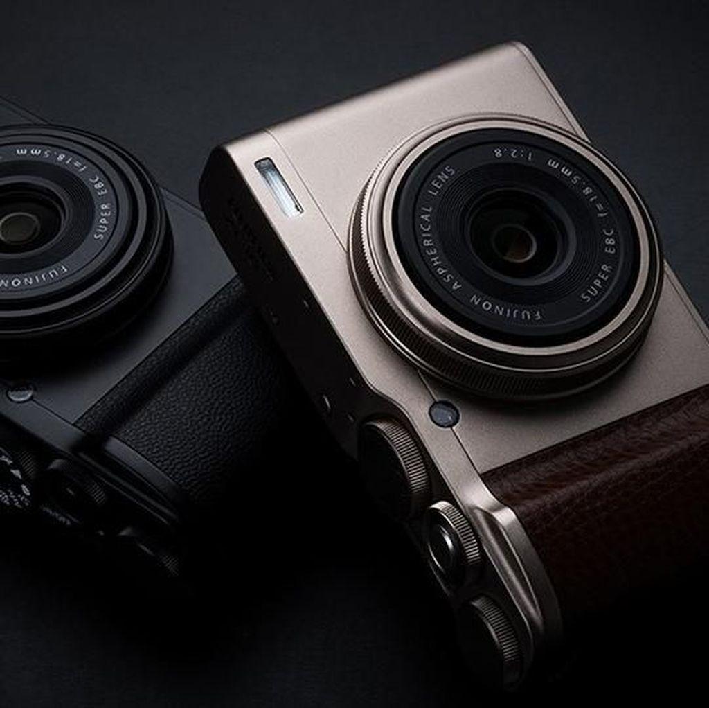 Fujifilm XF10, Kamera Mungil dengan Sensor Besar