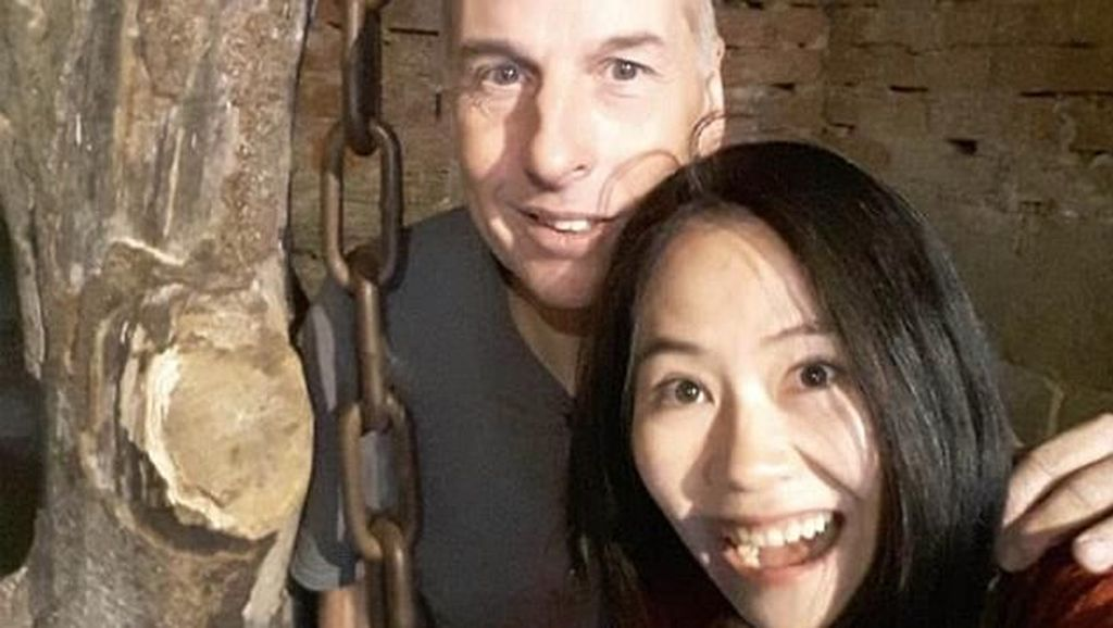 Kisah Cinta Penyelam Inggris di Gua Thailand yang Kencani Perawat Lokal