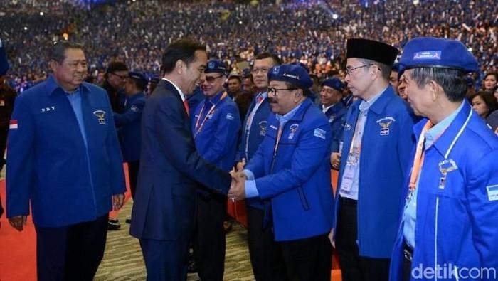 Jokowi saat hadir dalam acara Demokrat. (Dok. Kris/Biro Pers Setpres)