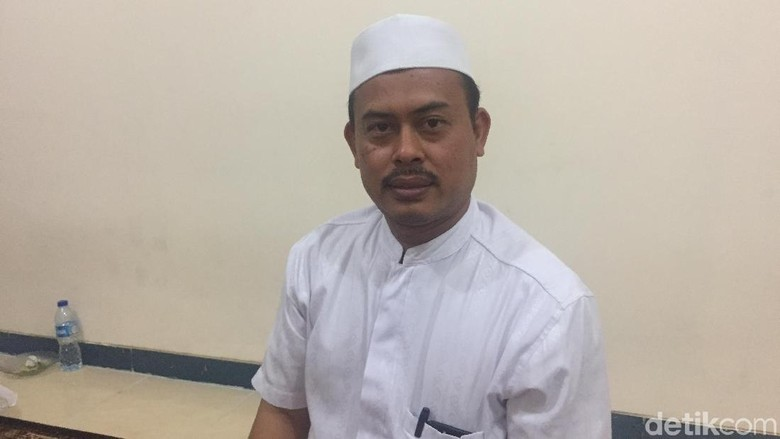 Kapitra Ungkit SP3 Kasus Habib Rizieq, PA 212: Dia Membantu