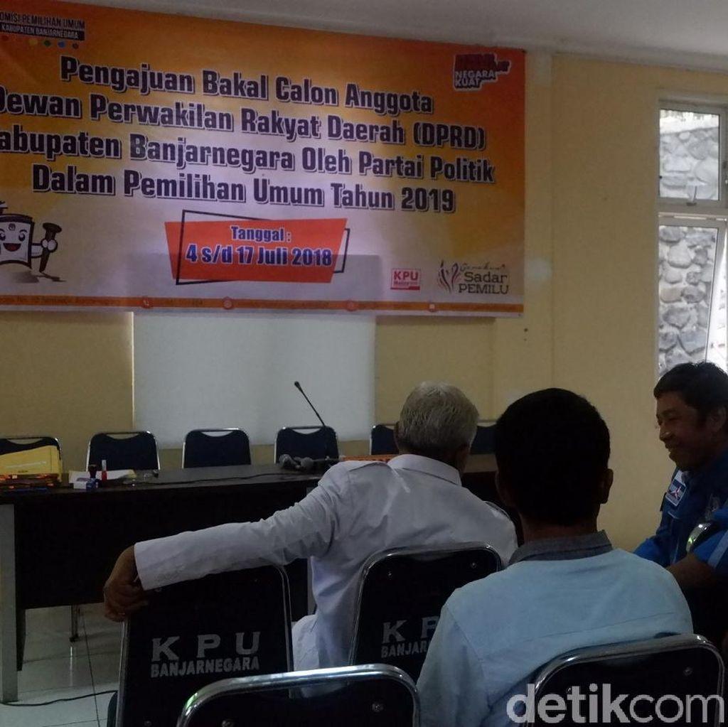 PN Banjarnegera Cabut Surat Tidak Pernah Dipidana 1 Bacaleg