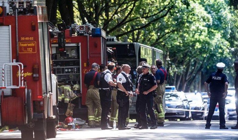 penumpang-bus-di-jerman-diserang-pria-berpisau-14-orang-terluka