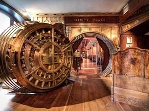 Dijamin Aman! Restoran Ini Menempati Brankas Bekas Bank di New York