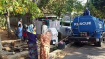 Kekeringan di Pasuruan Meluas, 10 Ribu Liter Air Disuplai ke 20 Desa