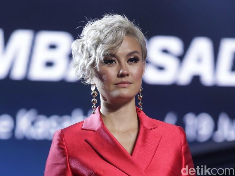 Agnez Mo dan Pacar Bulenya Liburan ke Bali, Reaksi Netizen Beragam