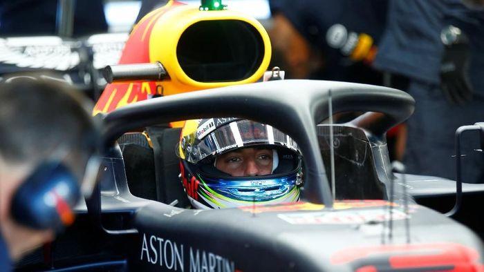 Pebalap Red Bull Daniel Ricciardo menjadi pebalap tercepat dalam latihan bebas pertama GP Jerman (Foto: Ralph Orlowski/Reuters)