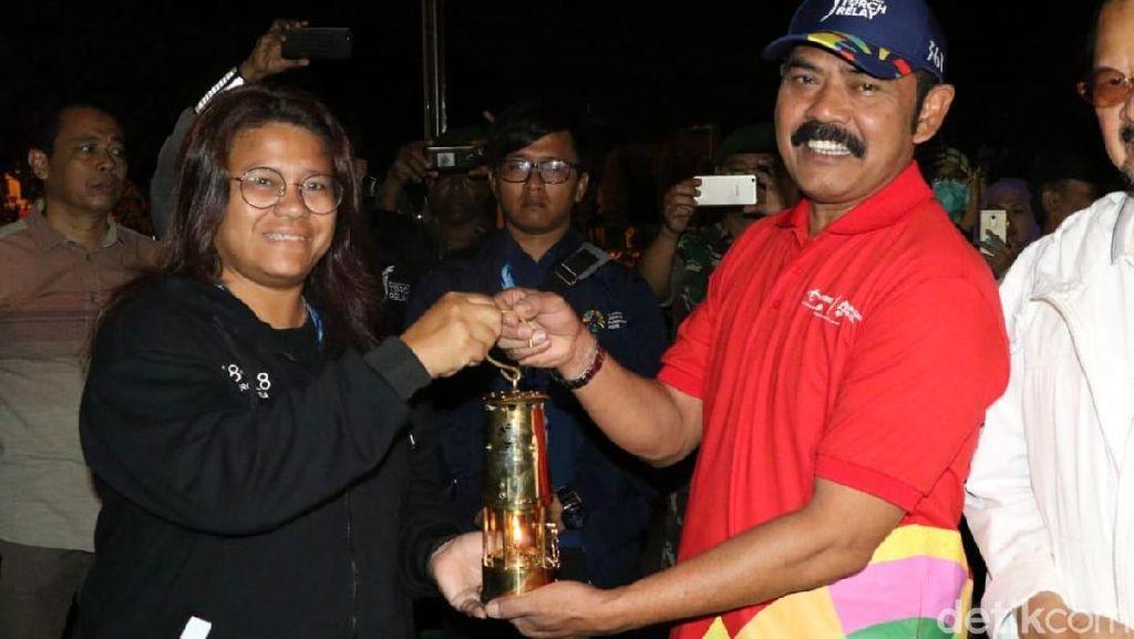 Bermalam di Solo, Api Asian Games Pagi Ini Diterbangkan ke Malang