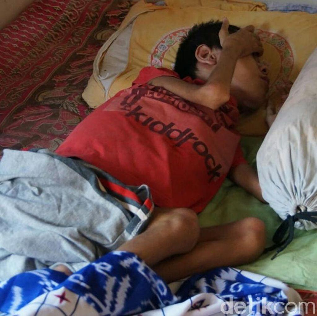 Remaja Ini 9 Tahun Lumpuh Tak Mampu Berobat ke Rumah Sakit