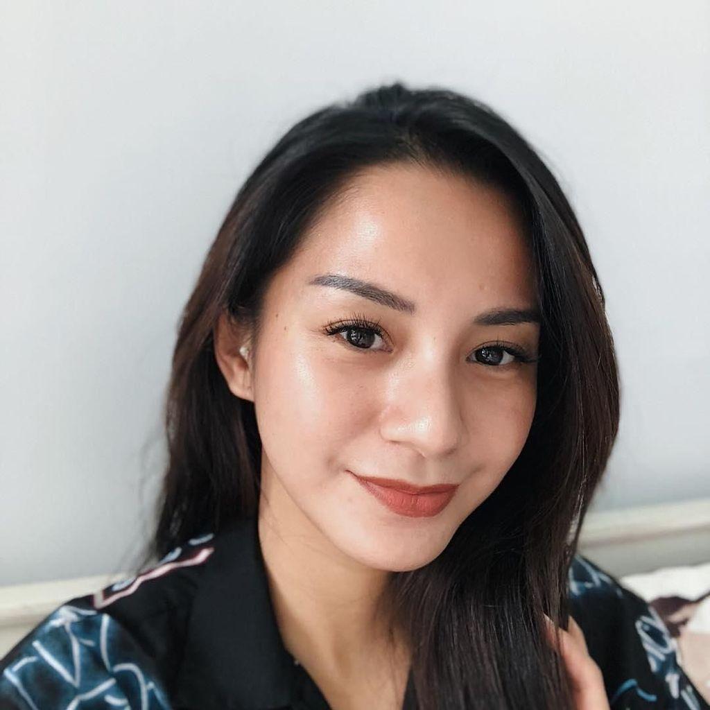 Posting Foto Bareng Erick Thohir, Kirana Larasati: Mashook Pak Etho